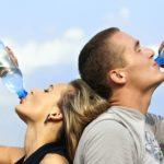 松本明子さんも実践した毎朝300ccの水を一気飲みで便秘改善しました!